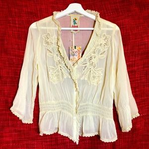 Johnny Was Embroidered Button Down Cream NWT Sz S